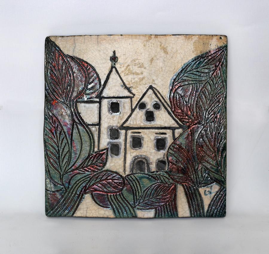 Grozdana Korpar - Samoborski muzej, 2001., samotirana glazirana ploča, raku, 28,5x28,5.jpg